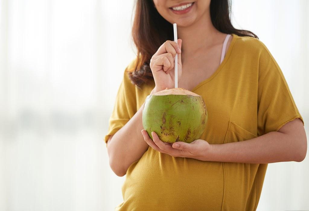 bà đẻ uống nước dừa